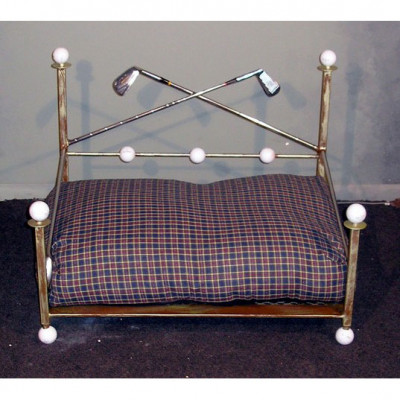 Metropolis 19th Hole Wrought Iron Dog Bed