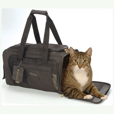Sherpa Delta Pet Carrier