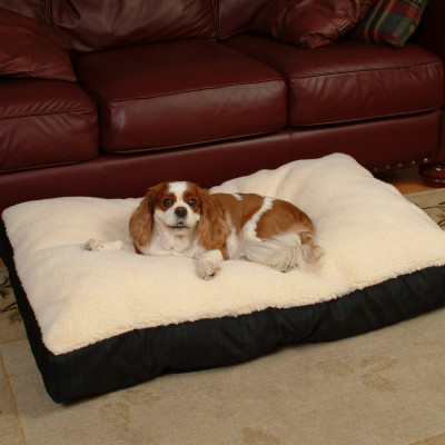 Snoozer Lambskin Rectangular Pet Bed